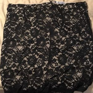 Black lace overlay women's plus size skirt. 16 NWT